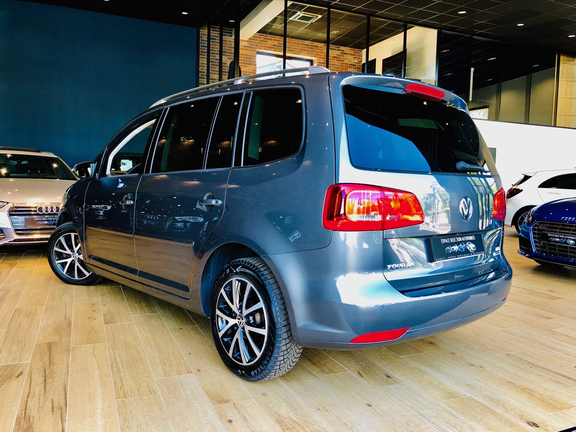 Occasion Volkswagen Touran 1.9 tdi 105cv Face Avant Gauche
